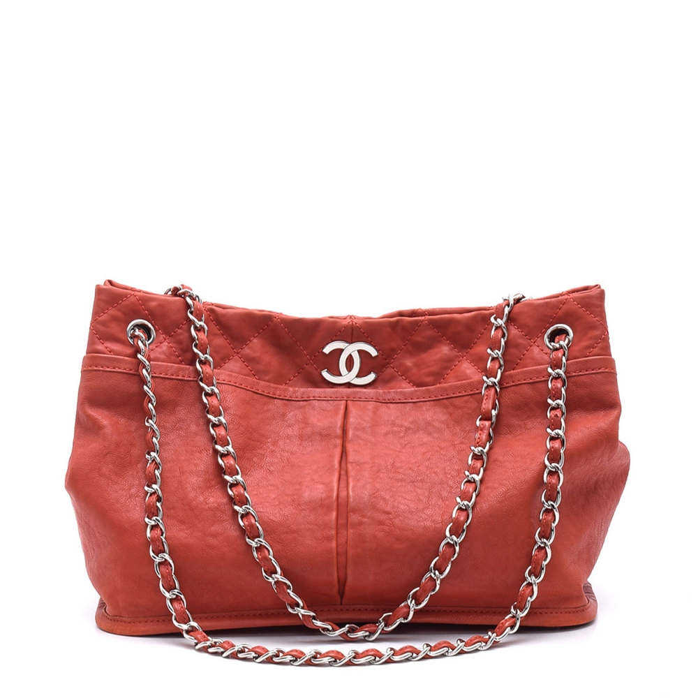 CHANEL -  RED QUILTED CAVIAR LEATHER SHOPPING TOTE BAG