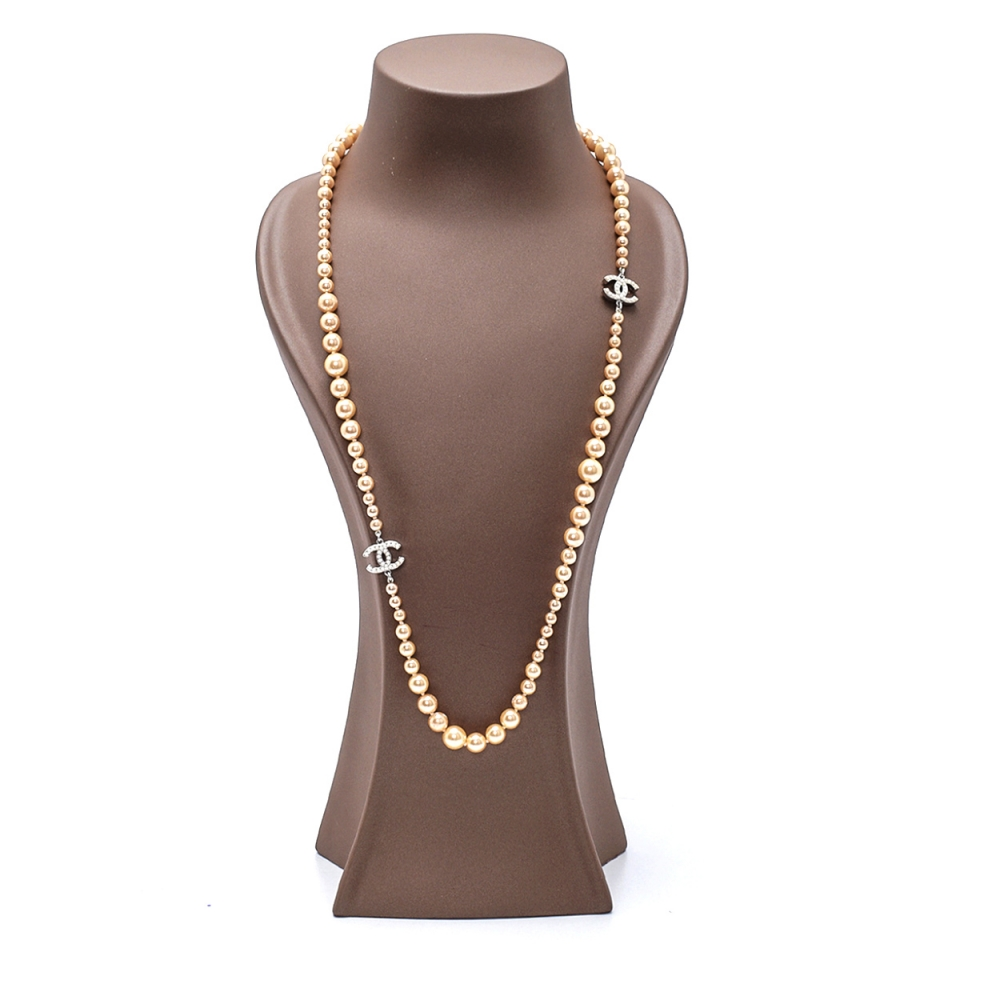 Chanel - Cream Pearl 2 CC Necklace